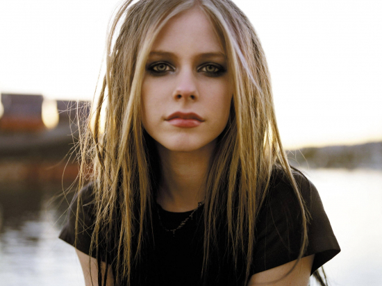 Memes, images and stories on the channel Avril Lavigne